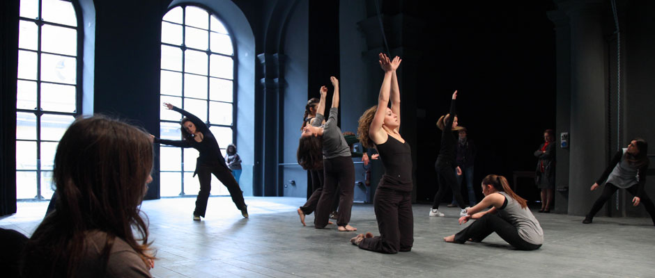 Performing Arts Group - Compagnia giovani Movimento Danza